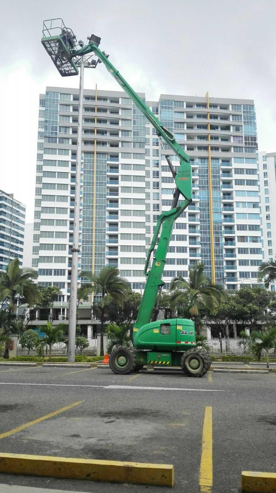 Alquiler y venta de equipos de elevación de personal y carga